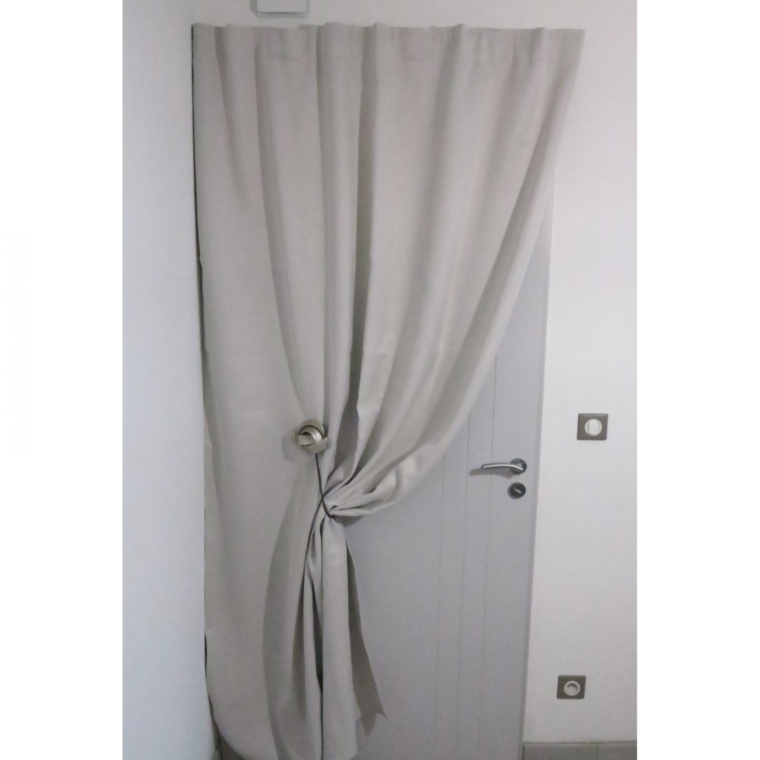 Tringle a rideau sans percer pour porte d entree - Tringle de porte leroy merlin ...
